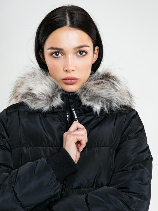Зимнее пальто с капюшоном PAOLITA 906